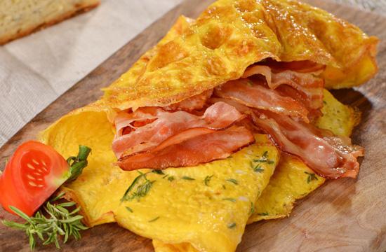 8 рецептов омлета, способных порадовать ранним утром