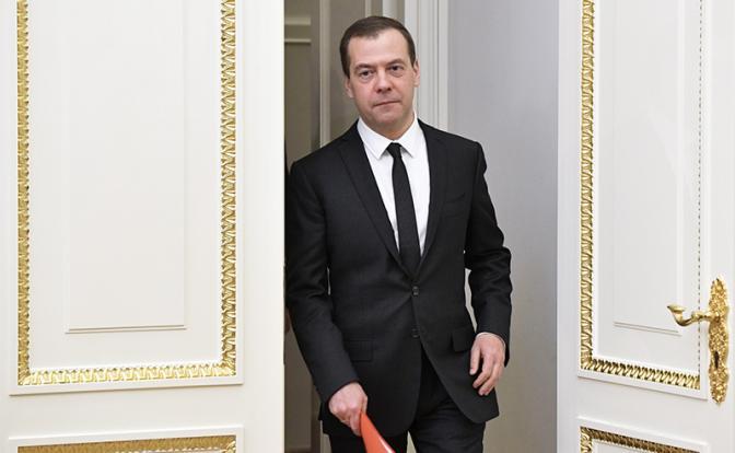 Медведев: СССР нет, а это го…