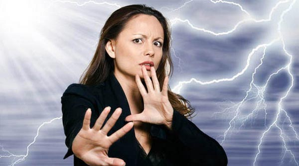 11 признаков того, что вас окружают люди с негативной энергетикой