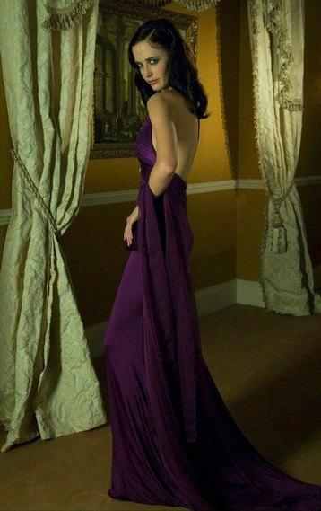Потрясающая 8-ка: самые сексуальные длинные платья в истории кино