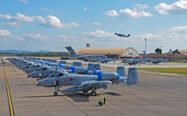 Россия заблокировала авиабазу Британии - Все приборы отказали, истребители не могут взлететь