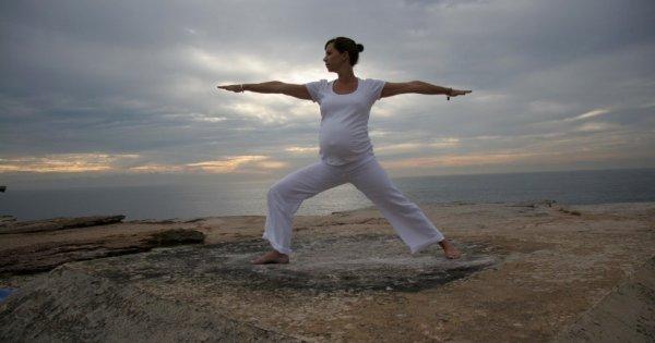 V оздоровительные практики по йоге ( асаны , дыхательные практики, релаксация), йога в гамаках v работа с психологом