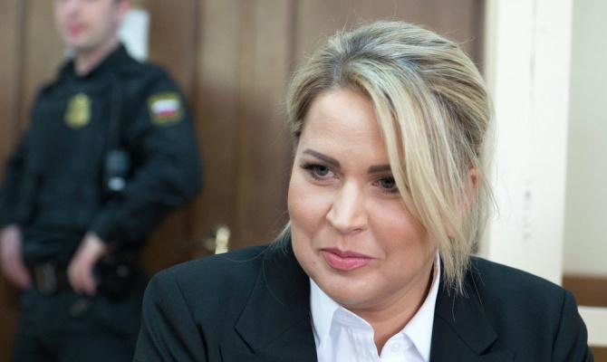 Васильева пытается вернуть арестованное богатство