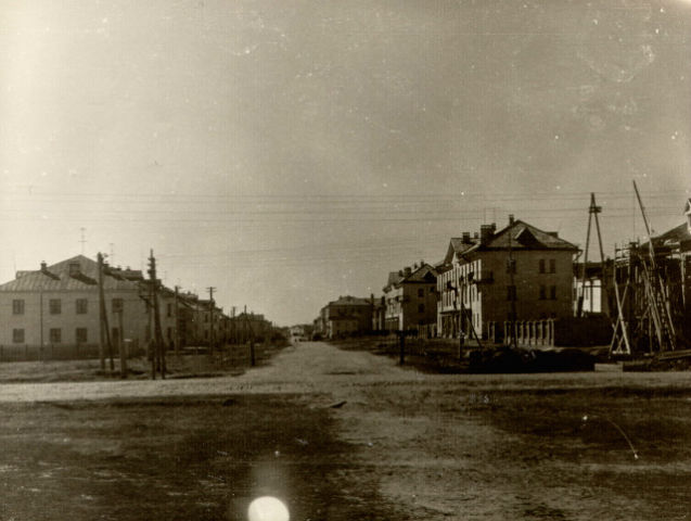 Город строится! Улица Ленина в 1960 году.