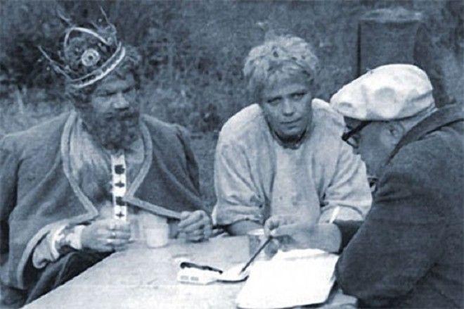 Большую часть актерского состава снявшегося в киносказке представляли актеры которые постоянно работали с режиссером Александром Роу