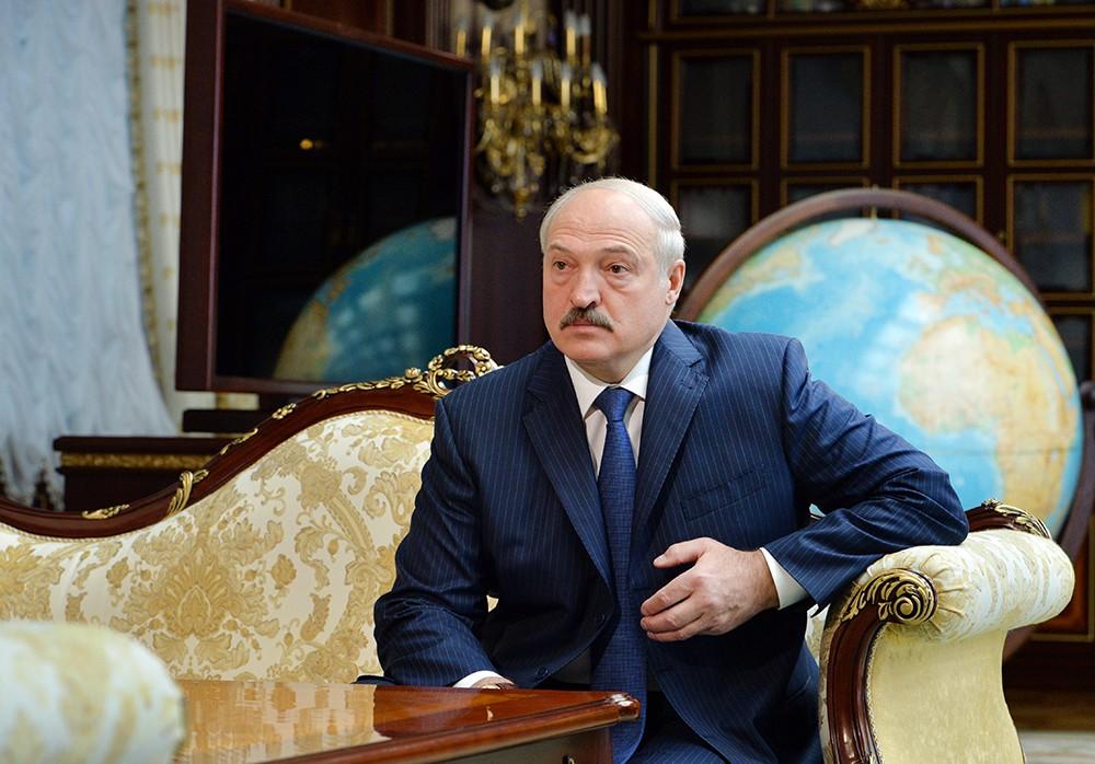 Лукашенко прекратил переговоры с МВФ по кредиту