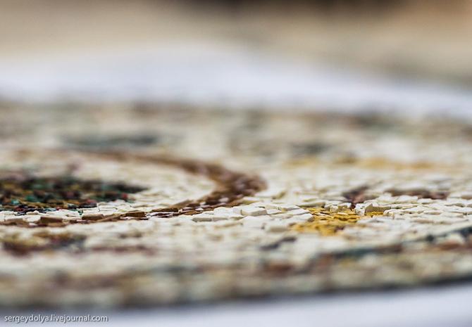 Как собирают мозаику