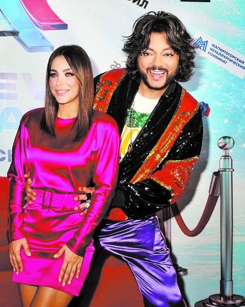 Чтобы забыть мужа-изменщика Ани Лорак обратилась к «высшим силам» и королям поп-сцены