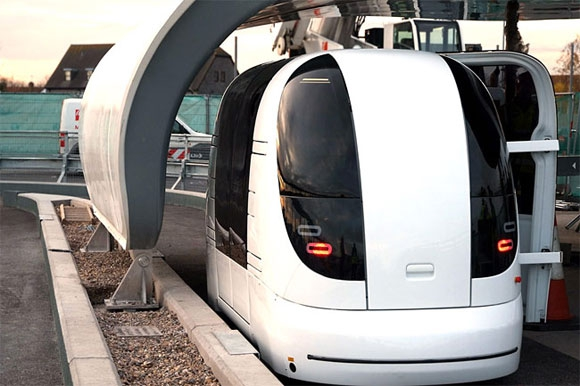 9 автомобилей, умеющих ездить без водителя