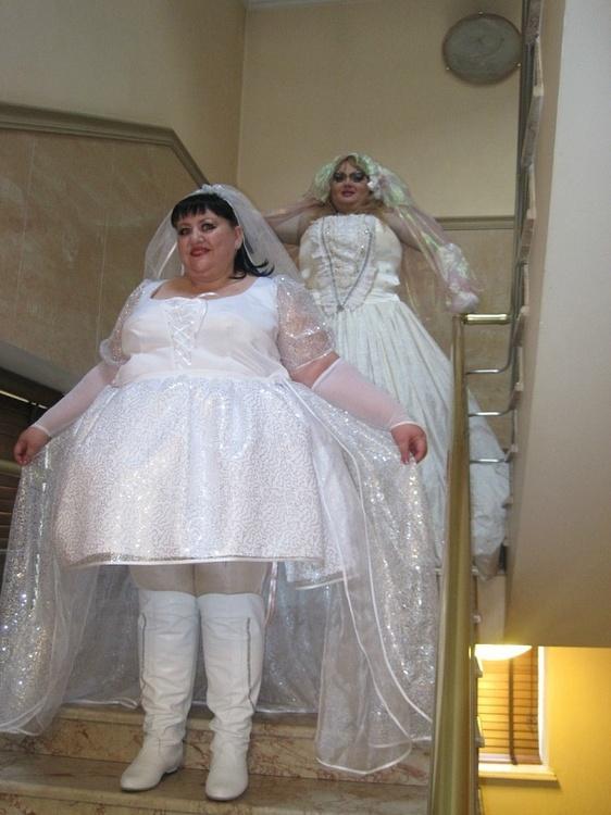 Чтобы выйти замуж, нужно сбр…