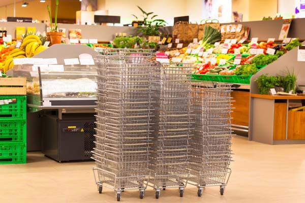 Россияне экономят на продуктах уже в течение полугода