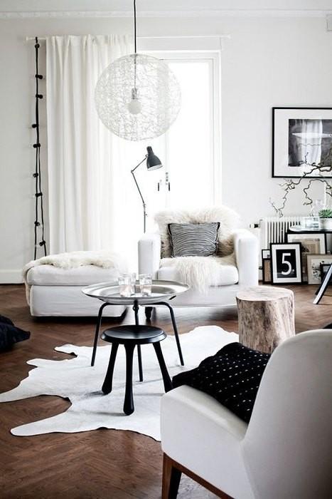 Причины, по которой стоит выкинуть диван из малогабаритки: [b]Причина №13:[/b] интерьер без дивана – это модно.