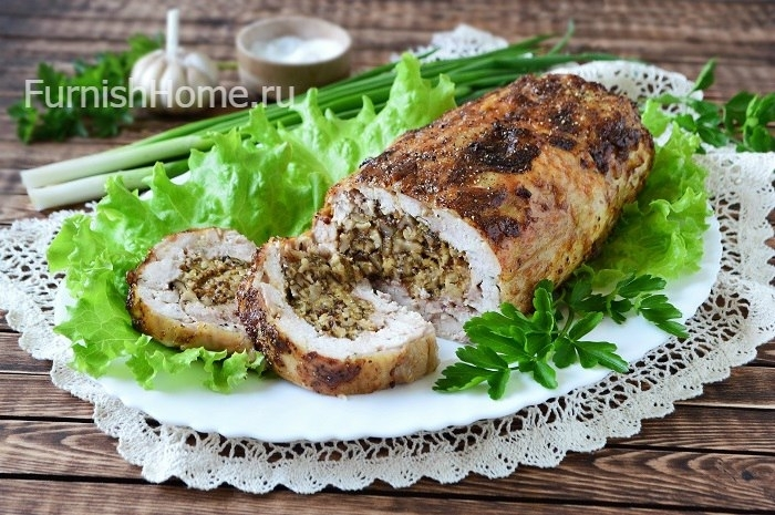Рулет из курицы с грецкими орехами