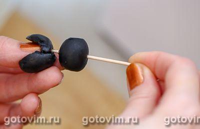 Пингвины из маслин и моцареллы, Шаг 03