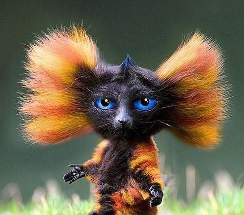 Пришла зима, пипец причёске... башка нуждается в расчёске, снял шапку... волосы торчком - заходишь к людям дурачком!!!