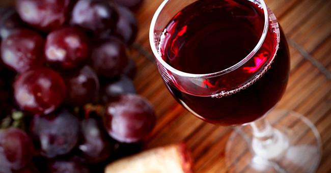 Как один бокал красного вина в день повлияет на ваше психическое здоровье