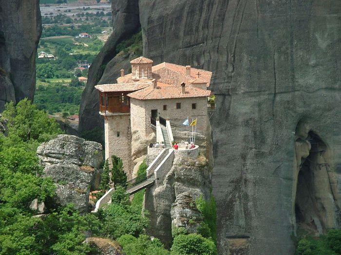 Фото Монастыри Метеоры, Греция. 02 (700x525, 93Kb)