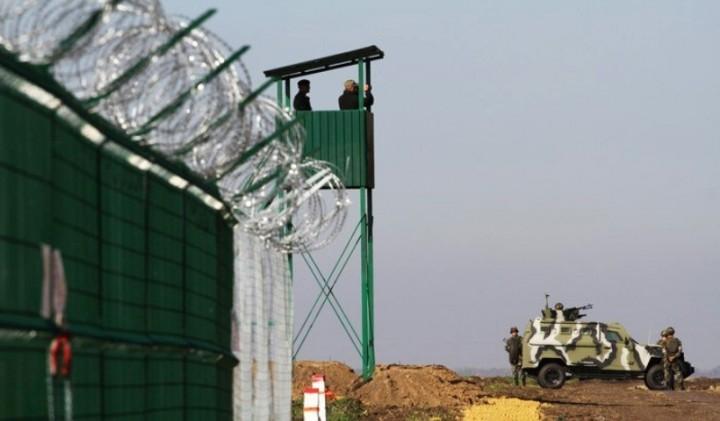 Порошенко накажет главу Донецкой области за медленное возведение «стены» на границе с РФ