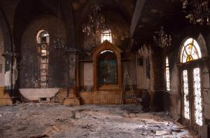 Осквернённый православный храм в Сирии