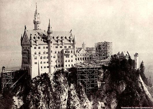 """Любопытные факты о """"Лебедином"""" замке Нойшванштайн"""