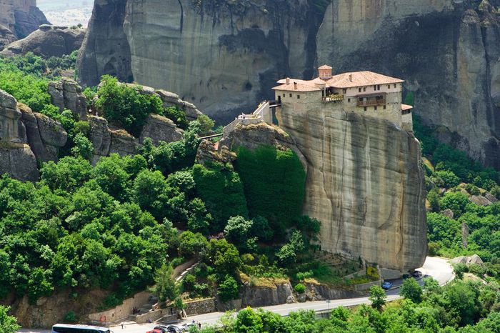 Фото Монастыри Метеоры, Греция. 13 (700x466, 97Kb)