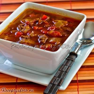 Суп-гуляш с красным перцем и капустой