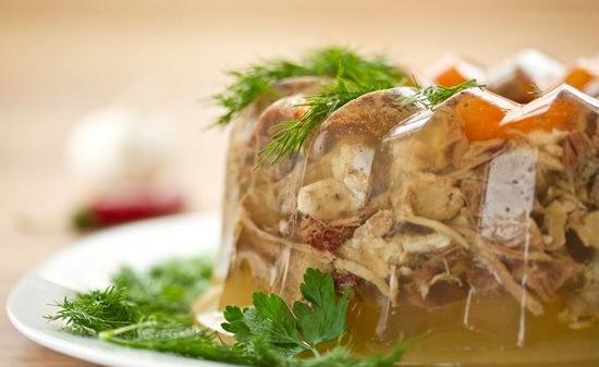 Как приготовить холодец из свиных ножек. Варим по «правильному» рецепту!