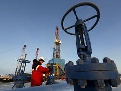 США сочли бессмысленным замораживание уровня добычи нефти