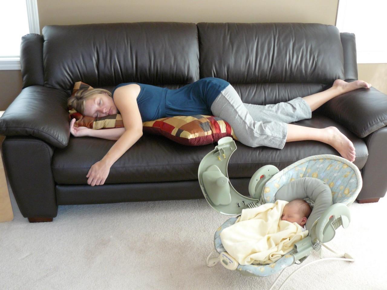 Русская мамаша очень устала хочется 1 фотография