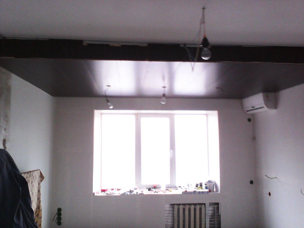 Потолок зонирует спальную зону от гостинной. ремонт, рукожопие, японский стиль
