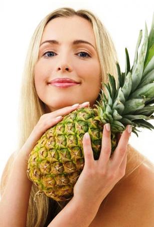О таком влиянии ананаса на женскую грудь вы еще не знали...