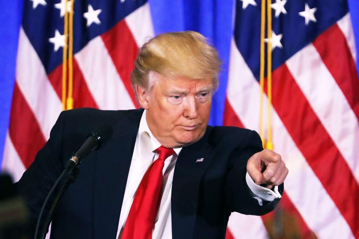 Дональд Трамп умывает руки о…