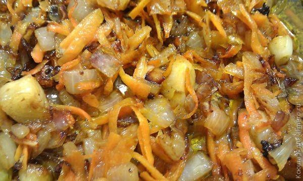 Картошка тушеная с мясом в горшочке