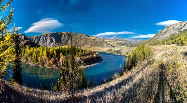 Река Чуя – одна из главных красот Алтая