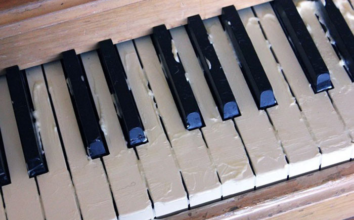 9. Майонез поможет пианино вернуть первозданный блеск советы, способы использования