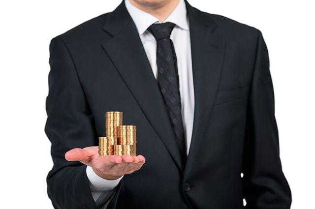 Есть власть, есть и деньги. 100 самых богатых семей чиновников и депутатов