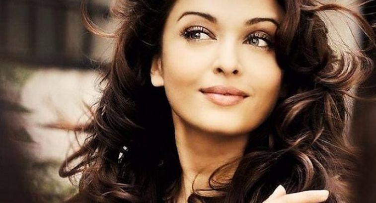 Как выглядит самая красивая девушка в мире