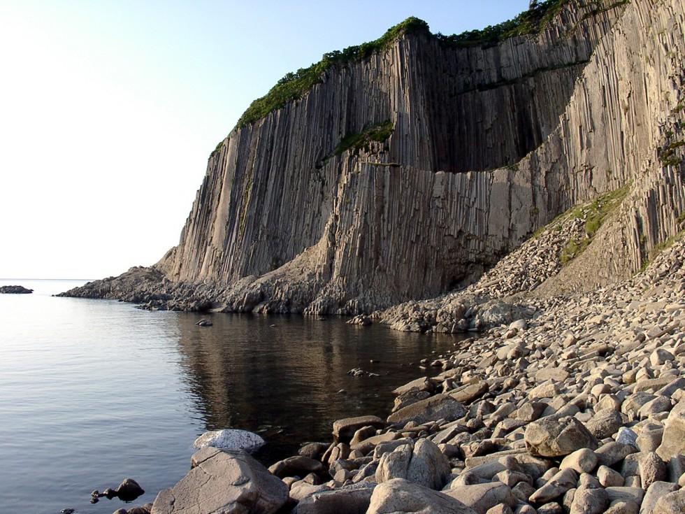 Мыс Столбчатый: вулканический шедевр (Россия)