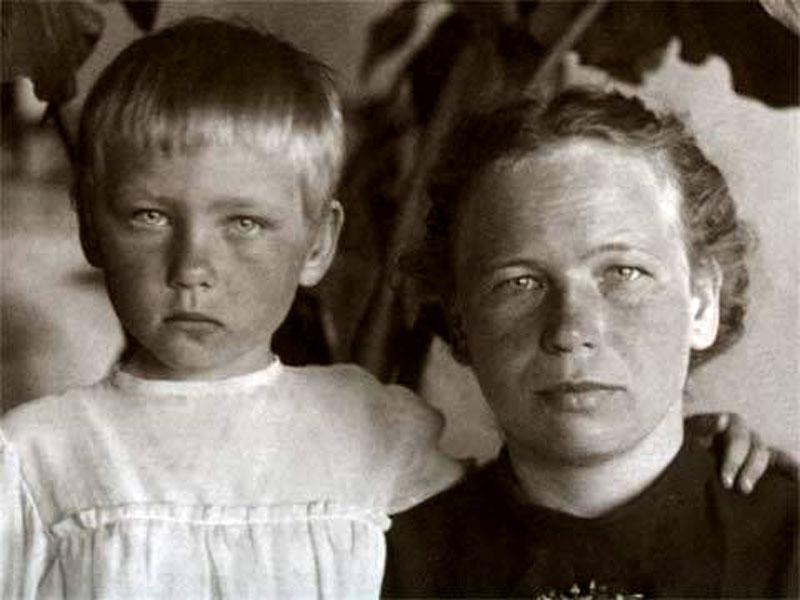 1007 Ия Саввина с мамой Верой Ивановной.jpg