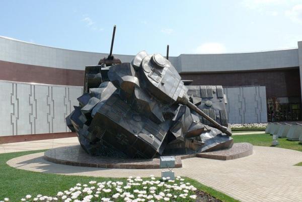 Тараним врага на танках: История Великой Отечественной
