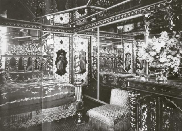"""Как это было: парижские бордели """"Прекрасной эпохи"""", ставшие сегодня отелями"""