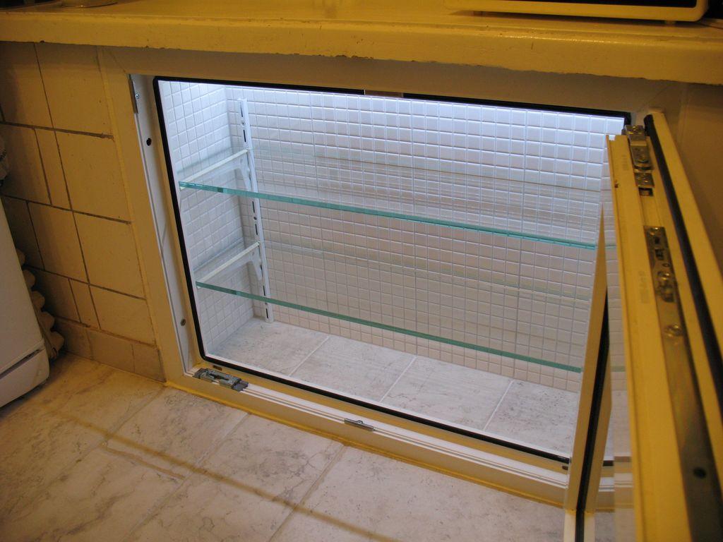 Зимний холодильник под окном отделка своими руками фото 83