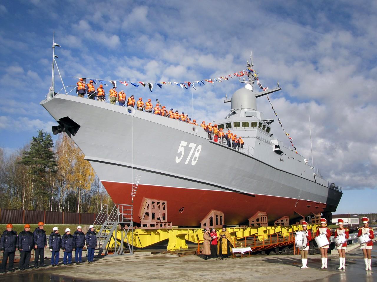 Спущен на воду малый ракетный корабль «Буря» проекта 22800