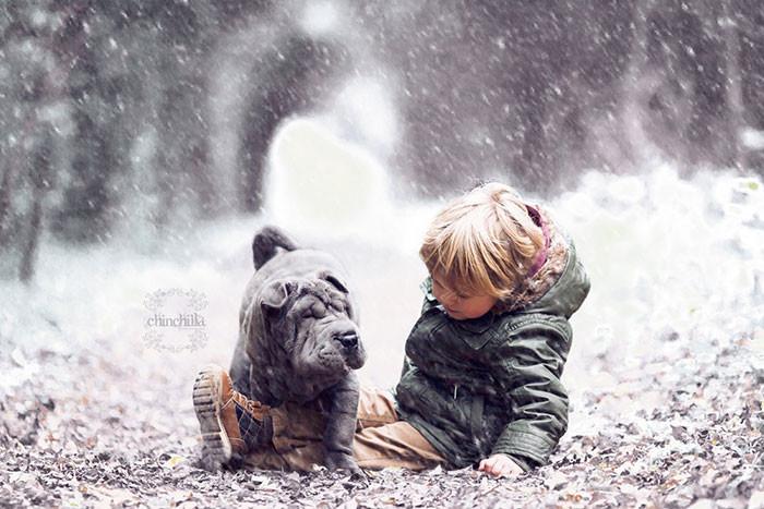 Вот и зима дружба, ребенок, собака