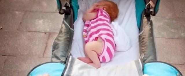 Пошла гулять со своим двухмесячным малышом на детскую площадку...
