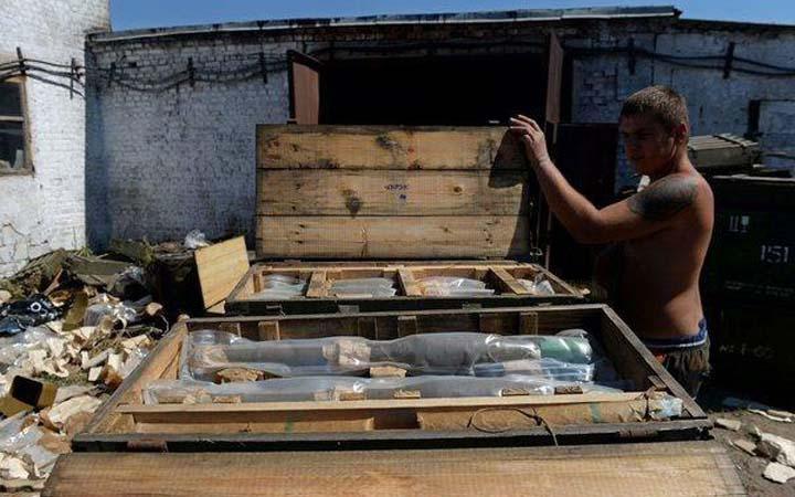 Трофеи - боеприпасы, оставленные украинскими военными под Старобешево