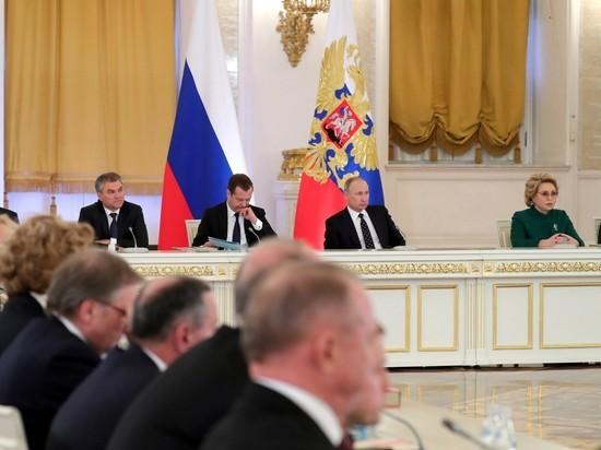 """""""Сливать нечего"""": Путин назвал причину массового бегства водителей из """"Газпрома"""""""