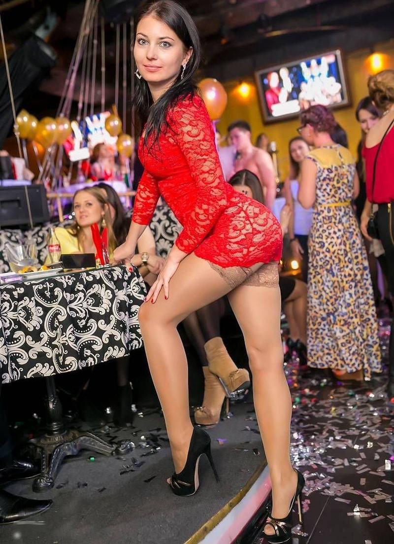 Фотоподборка девушки в клубах 9 фотография