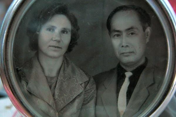 Она прожила с мужем почти 40 лет. И сама отдала его той, что ждала его пятьдесят...