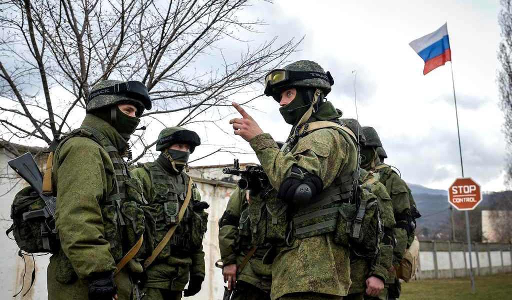 Открытие для Киева: Российская армия в Крыму не зависит от поставок с Украины
